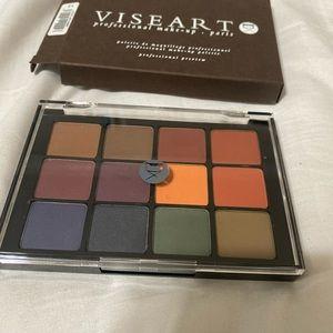 Viseart Dark Mattes eyeshadow palette
